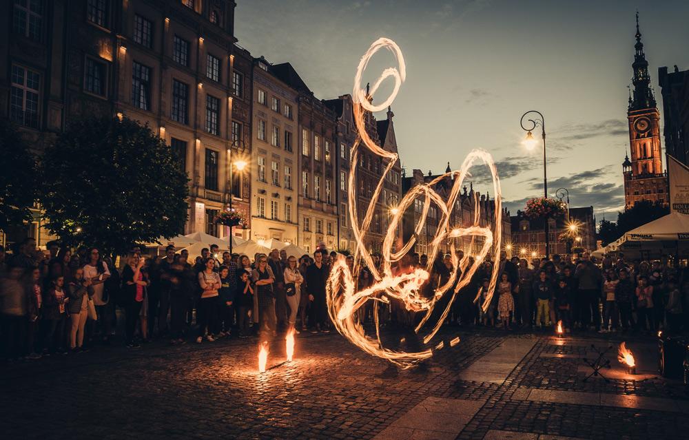 Photo by Dawid Zawiła on Unsplash